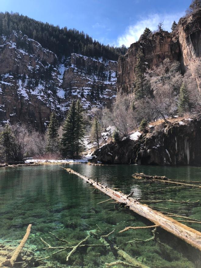 Hanging Lake water and mountains